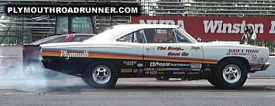 Plymouth Road Runner. Photo from 2000 Chrysler Classic – Columbus, Ohio.