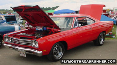 1969 Plymouth Road Runner. Photo from 2000 Mopar Nationals – Columbus, Ohio.