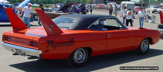 1970 Plymouth Road Runner Superbird. Photo from 2001 Chrysler Classic – Columbus, Ohio.